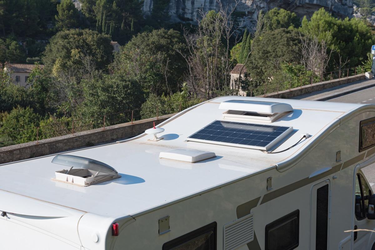 Vente et montage d'accessoires pour camping-car